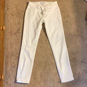 DL1961 white Margaux instastretch skinny jeans